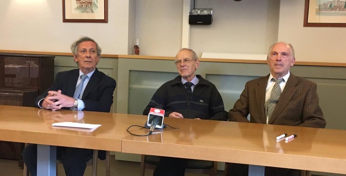 Rueda de prensa presentación cartel de la Feria del Toro: de izquierda a derecha: José María Marco, Ignacio Cía y Antonio Eslava.